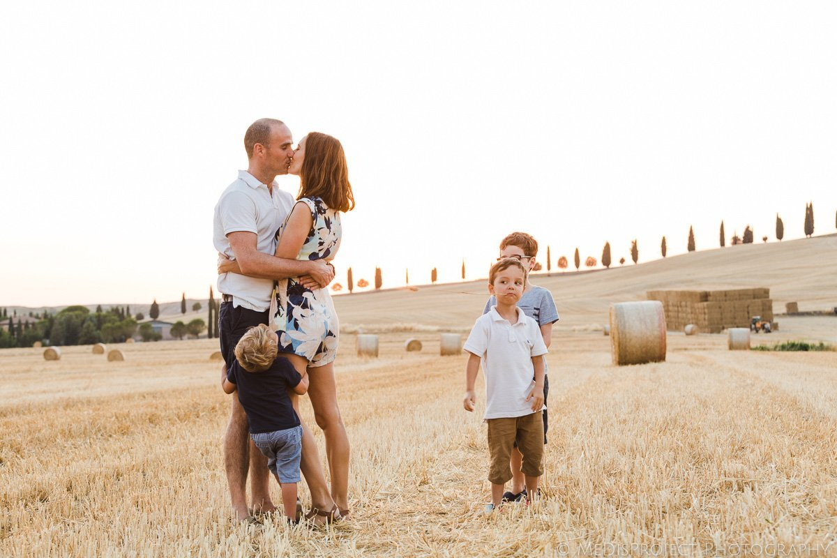 bespoke family photographers in Tuscany