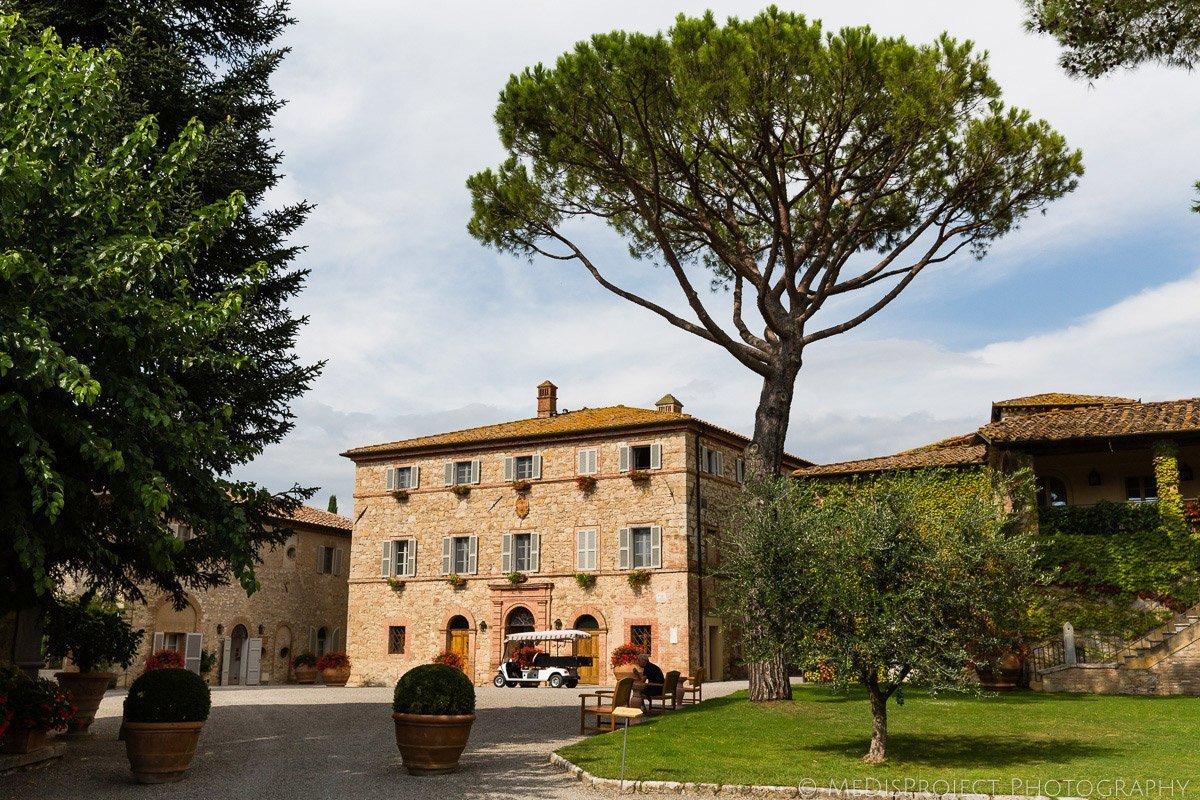 relais chateaux borgo san felice tuscany