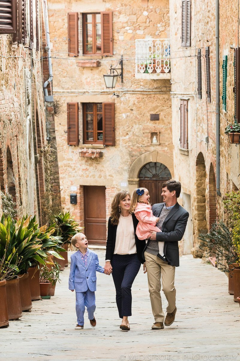 family photos on holiday in Tuscany