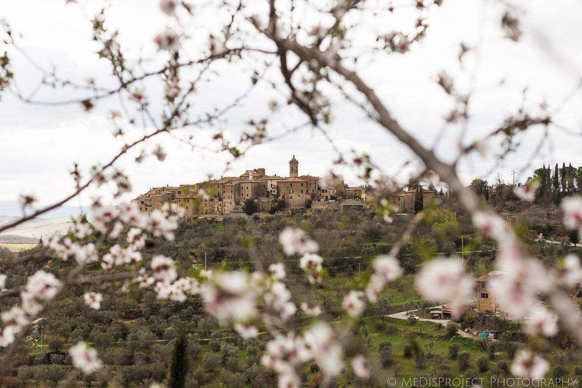 the little hamlet of Castelmuzio in Tuscany