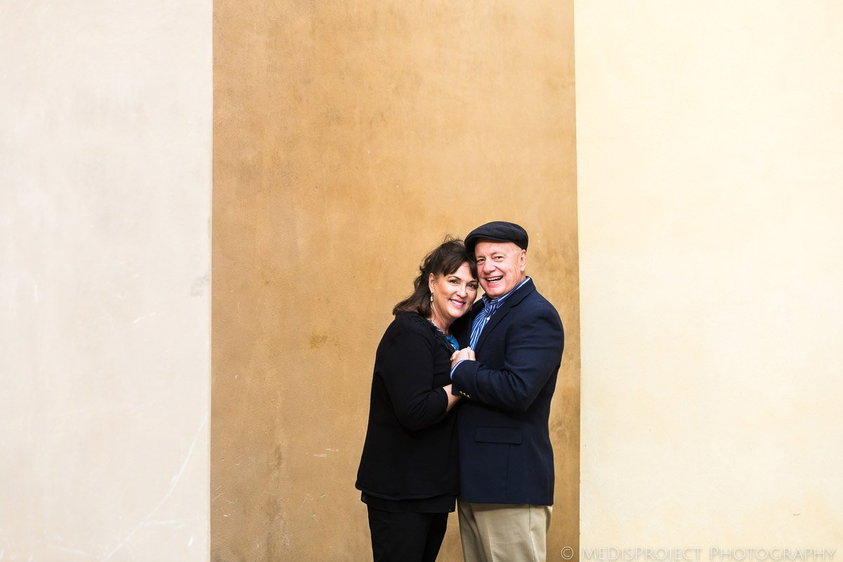 senior couple portrait in Castelmuzio