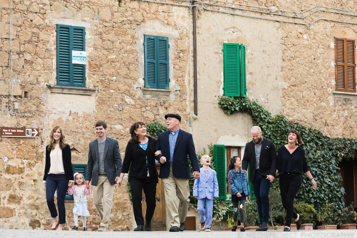 Family Reunion photos in Tuscany