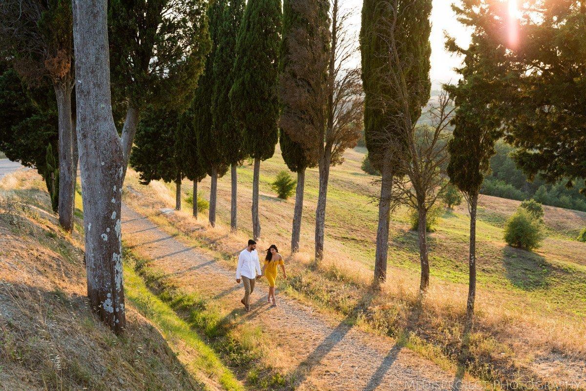 Romantic photo session at the Canonica HIll Park Certaldo