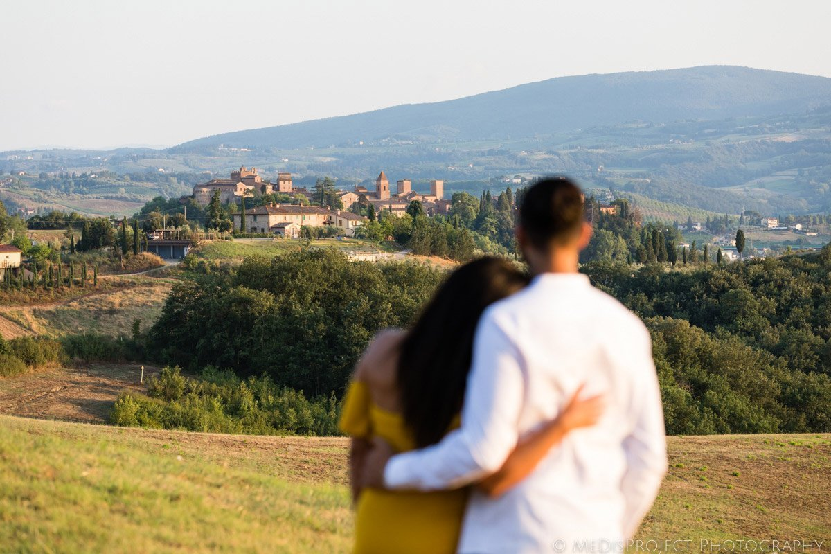 romantic photos in Certaldo