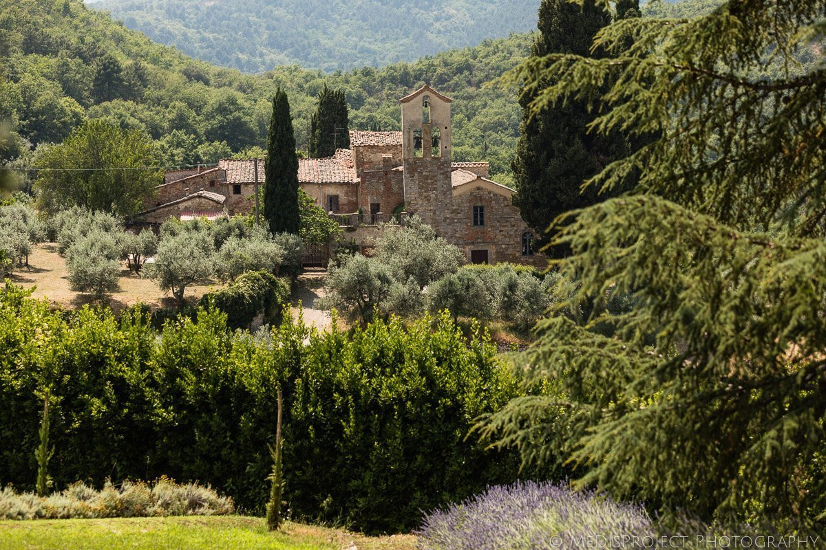 The surroundings of Villa Petrolo Arezzo