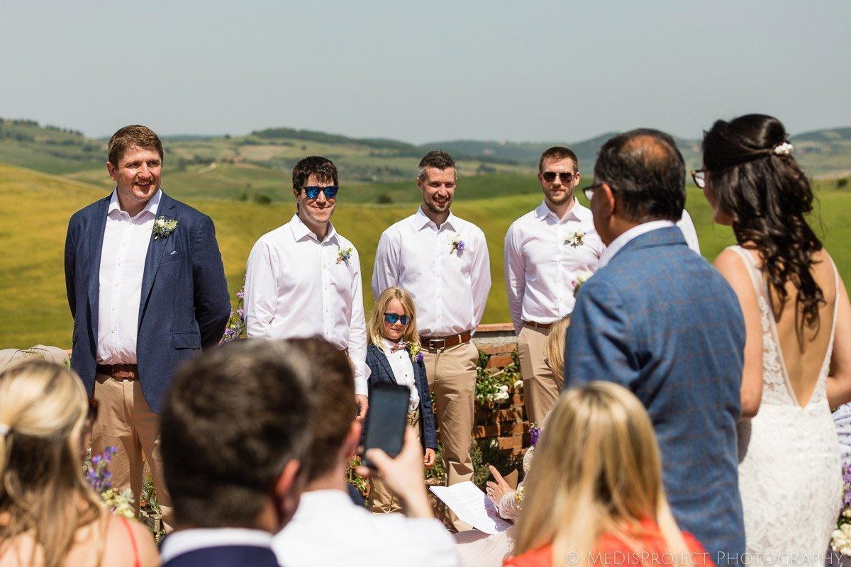 Wedding ceremony on the balcony at Agriturismo il Rigo