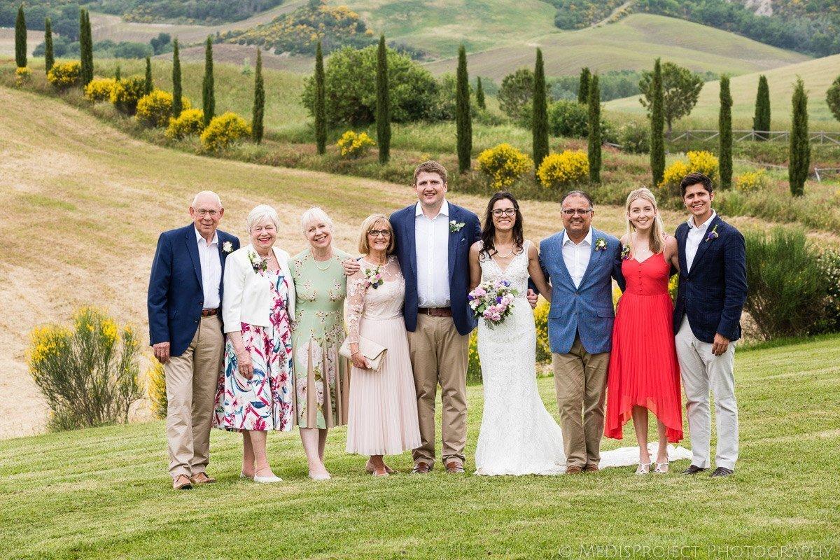 Wedding formals group photo at Agriturismo il Rigo