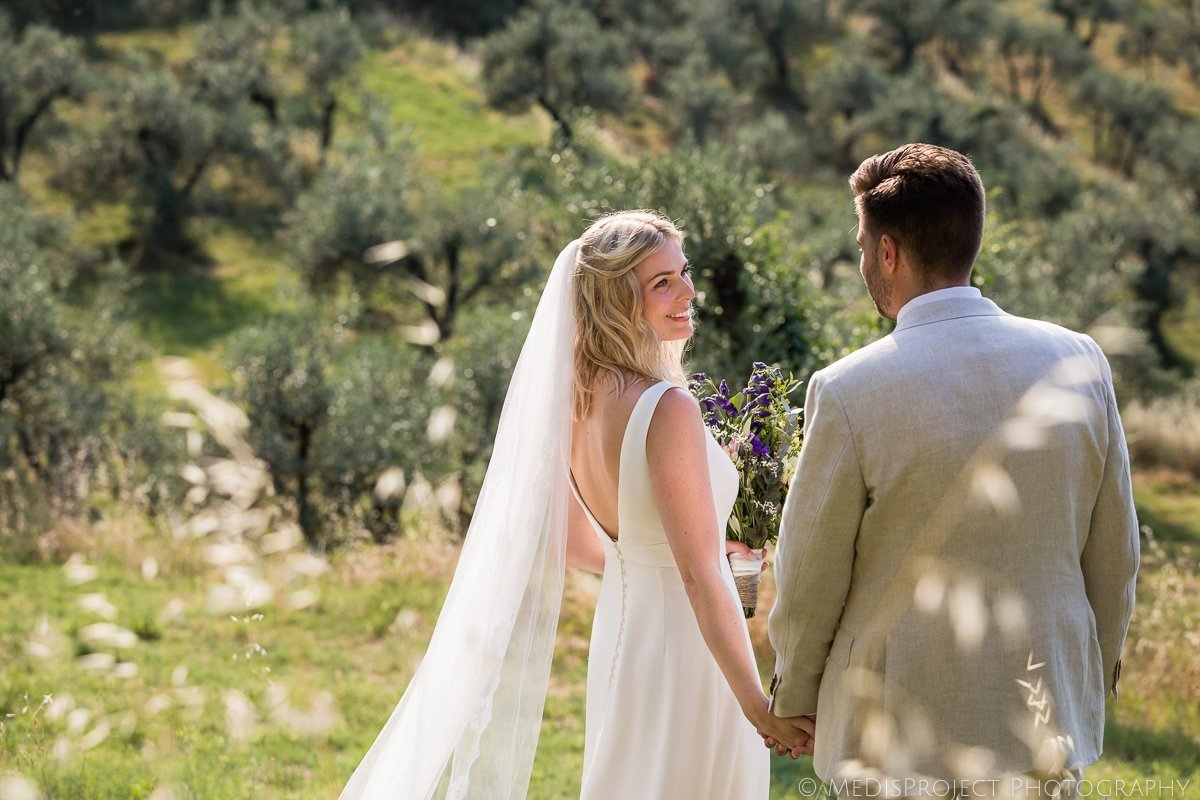 Friendly yet professional wedding photographers in Tuscany