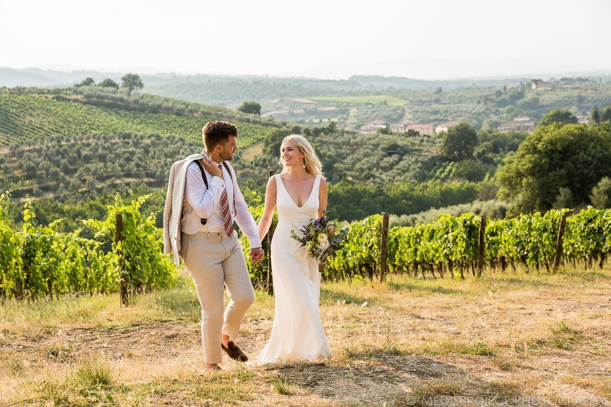 Unconventional wedding photographers in Tuscany