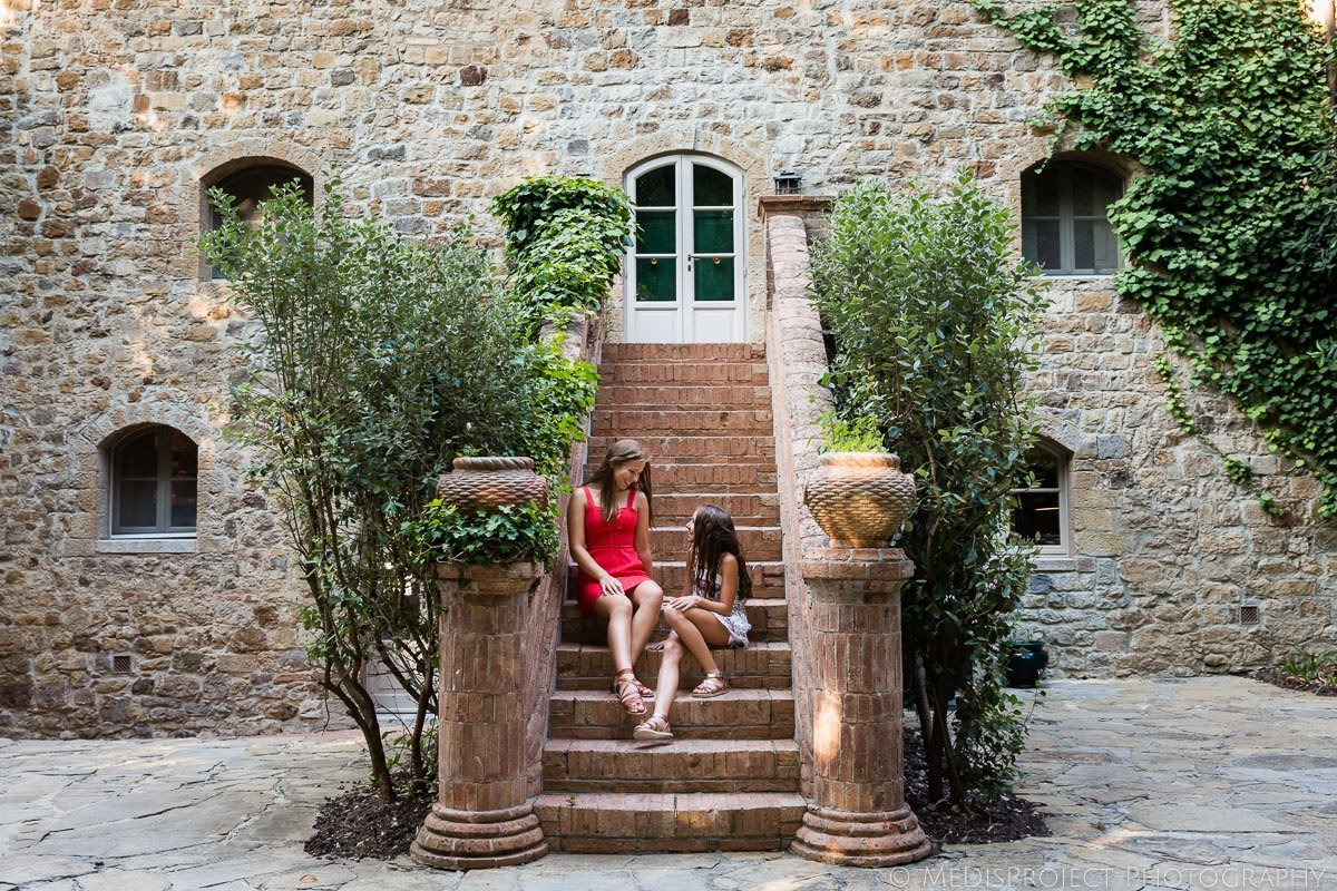 child friendly photo session at Rosewood resort in Tuscany