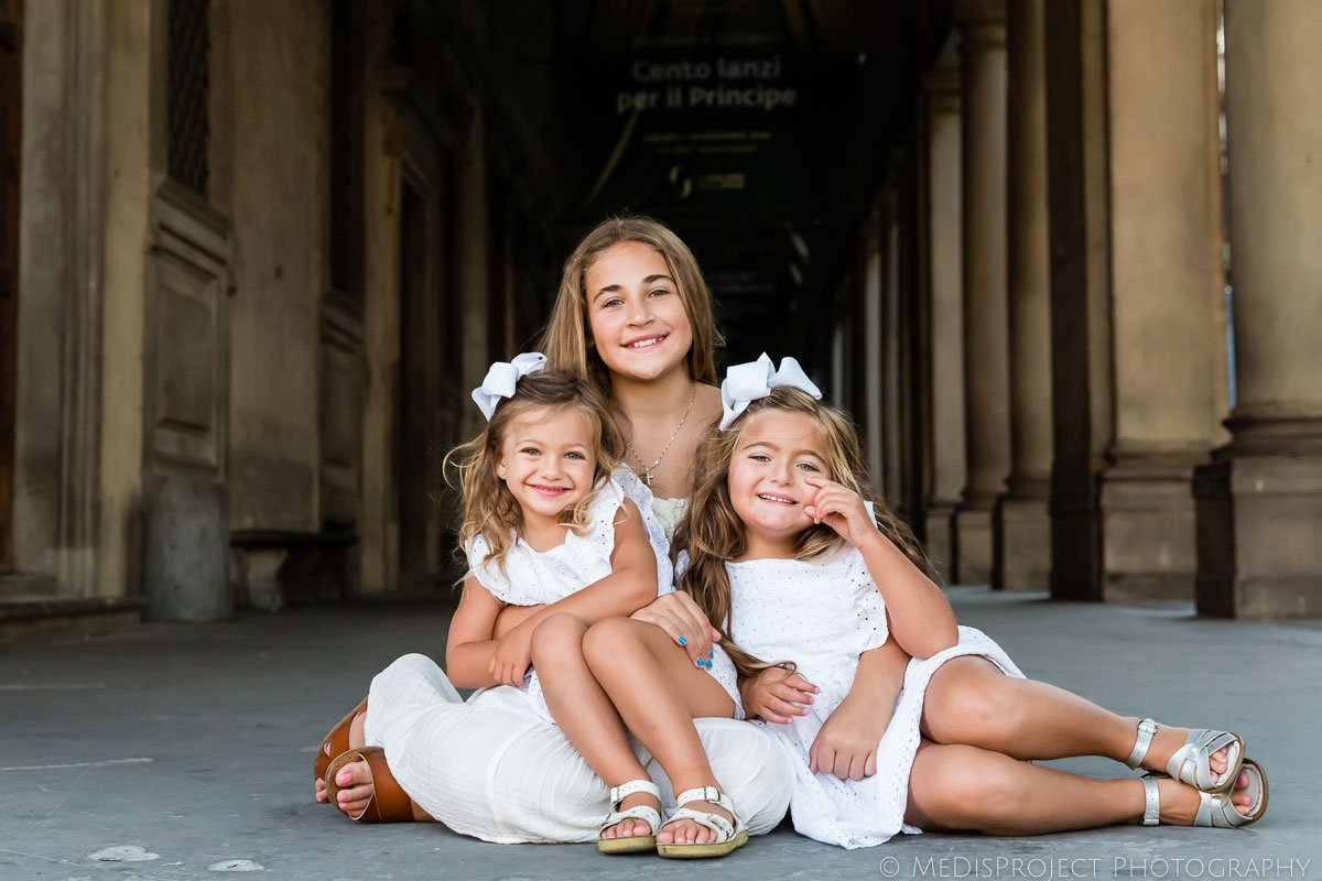 sisters portrait by medisproject photography