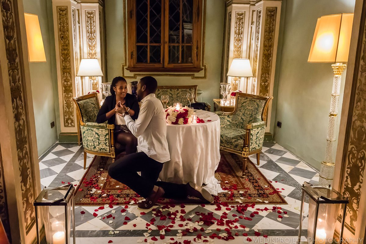 marriage proposal photographers at Four Seasons hotel in Florence