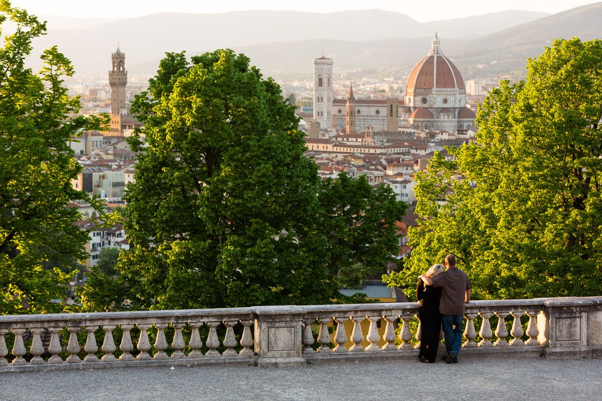 couple photo shoot in Florence Italy