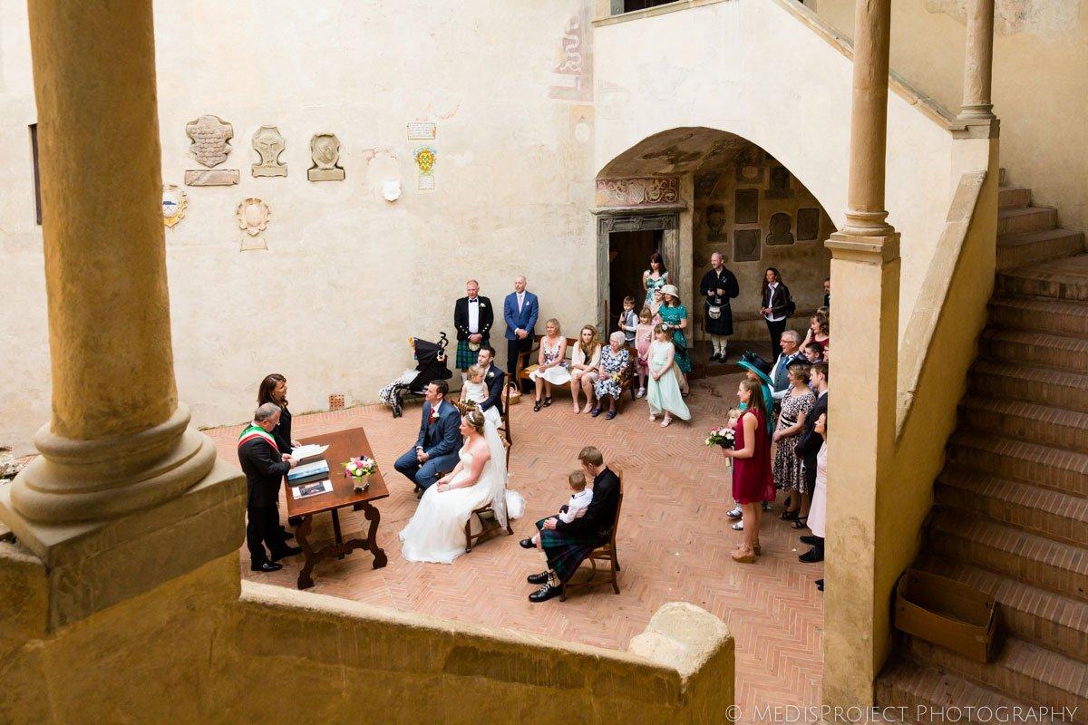 wedding in Certaldo town hall