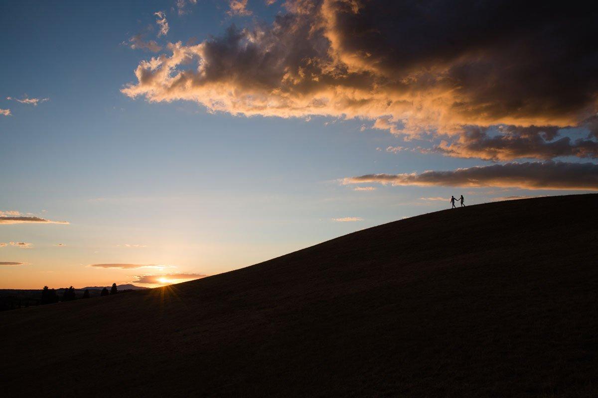 sunset photo shoot in Tuscany