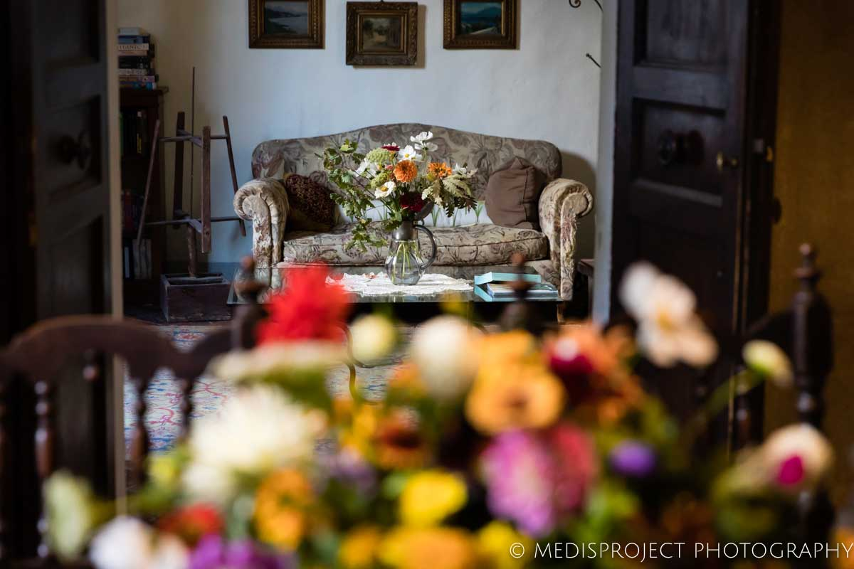 Luisa Cipolla's colorful flowers compositions at Casa dell'Abate Naldi