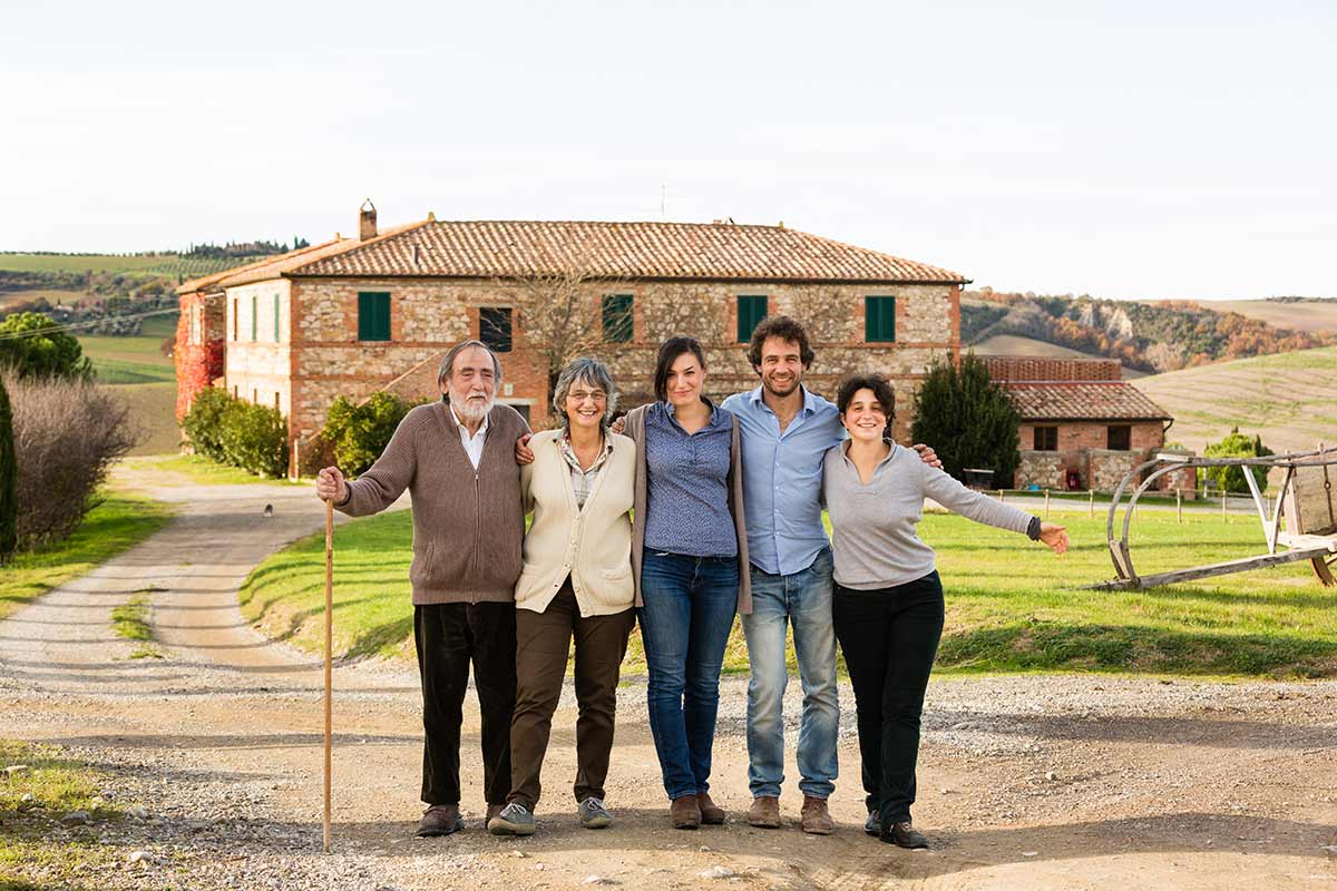 A family portrait of the owners of Agriturismo il Rigo