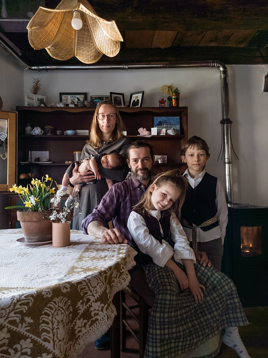 Virtual family portrait with Lithuanian costumes